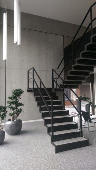 Stahltreppe im Verwaltungsgebäude