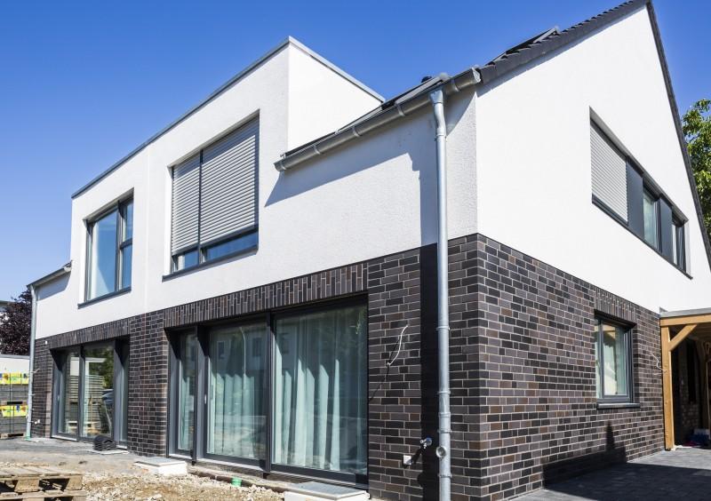 Verfuss Doppelhaus Köln-Longerich